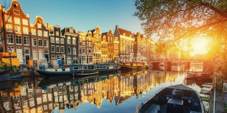 raamovereenkomst-voor-amsterdams-bodemonderzoek-krenten-uit-de-pap